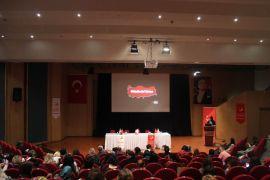 Antalya'da yabancı uyruklu kadınlara, sahip oldukları haklar anlatıldı