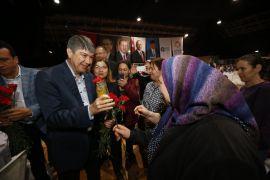 Başkan Türel belediyenin kadın çalışanlarıyla yemekte buluştu