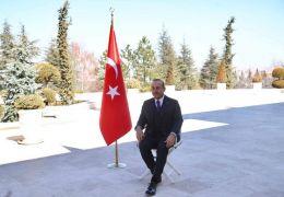Dışişleri Bakanı Çavuşoğlu, Türkiye'nin tanıtımı için poz verdi