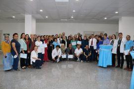 Görevde 25 yılı aşan sağlık çalışanlarına teşekkür belgesi