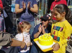 Lösemi hastası Öykü Arin'e sürpriz doğum günü