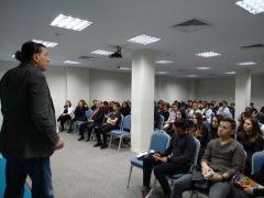 Öğrencilere sınav motivasyonu konferansı