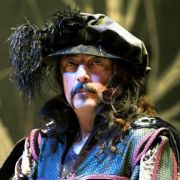 Opera sanatçısı tüp gazla yaşamına son verdi