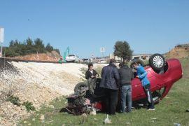 Otomobil şarampole yuvarlandı: 1 yaralı