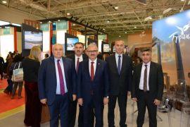 Vali Karaloğlu turizmcilere destek için Moskova'da