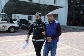 Antalya'da silah ticareti suçundan hapis cezası bulunan şüpheli yakalandı