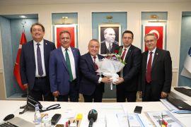 CHP İl Başkanı ve Milletvekillerinden Başkan Böcek'e ziyaret