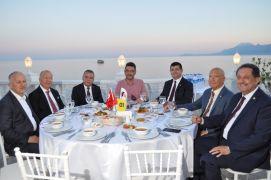 Başkanlar DÖSİAD'ın iftar yemeğinde buluştu