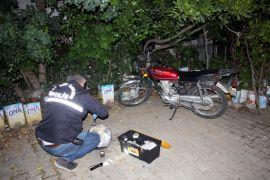 Çalıntı motosiklet gece bekçilerin dikkati sayesinde bulundu
