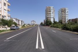 Karşıyaka'nın yolları yenilendi