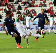 Spor Toto Süper lig: Antalyaspor: 0 Bursaspor: 1(İlk yarı)