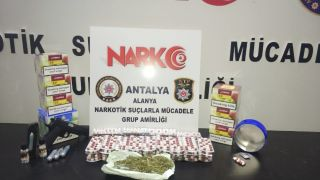 Alanya'da uyuşturucu baskını: 2 Ürdünlü gözaltı