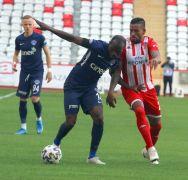 Süper Lig: FT Antalyaspor: 1 – Kasımpaşa: 0 (İlk yarı)