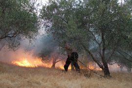 Yaşlı çift ve torunları yangından vatandaşlar kurtardı