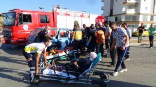 Kumluca'da trafik kazası: 3 yaralı